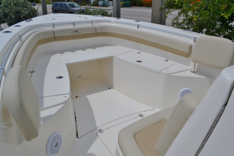 Thumbnail 15 for New 2017 Cobia 296 Center Console boat for sale in Vero Beach, FL