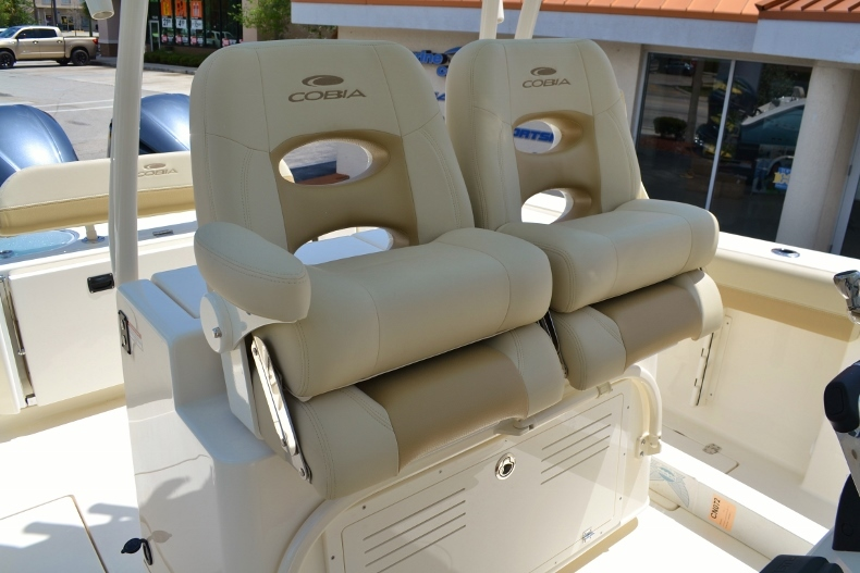 Thumbnail 24 for New 2017 Cobia 296 Center Console boat for sale in Vero Beach, FL