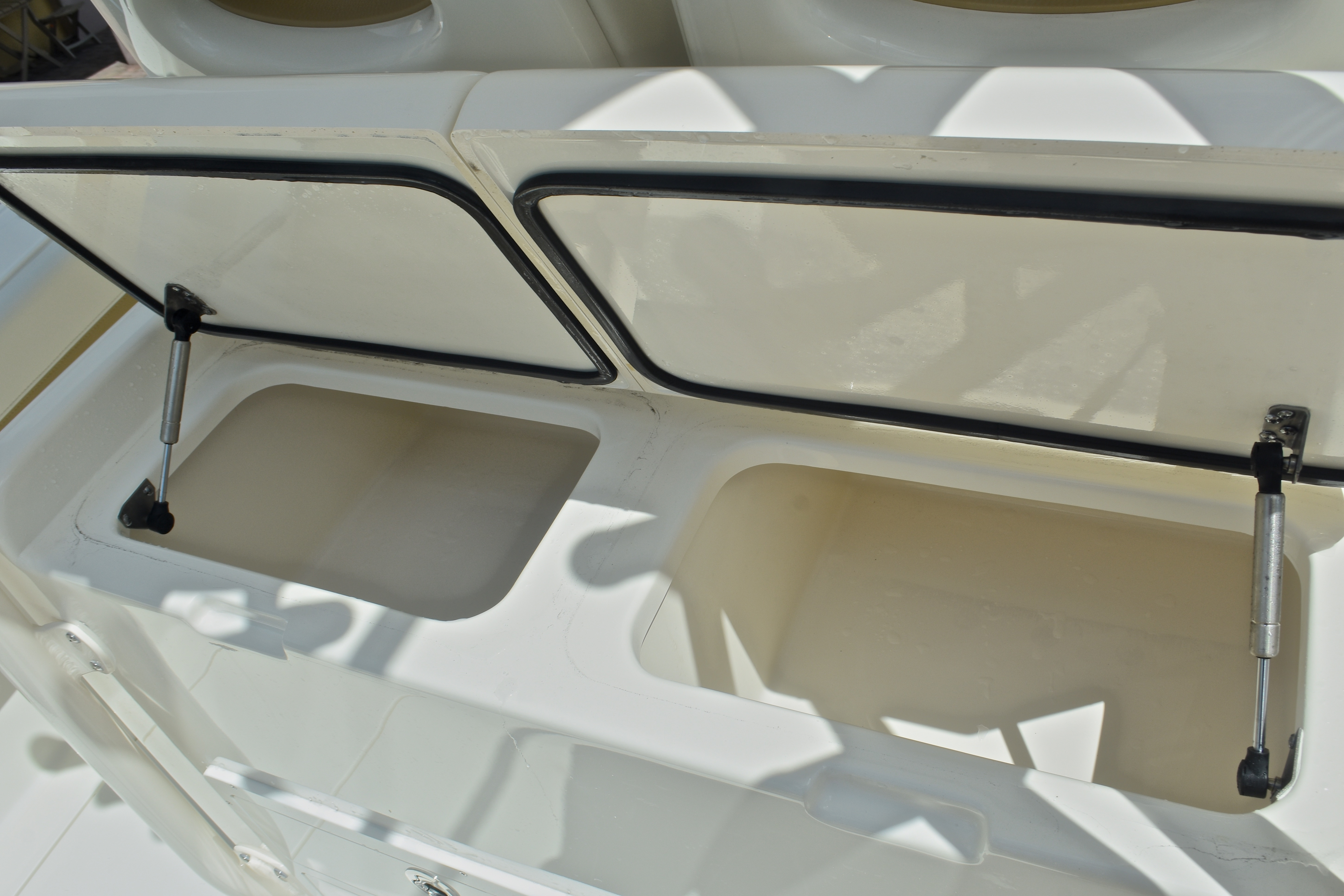 Thumbnail 26 for New 2017 Cobia 296 Center Console boat for sale in West Palm Beach, FL