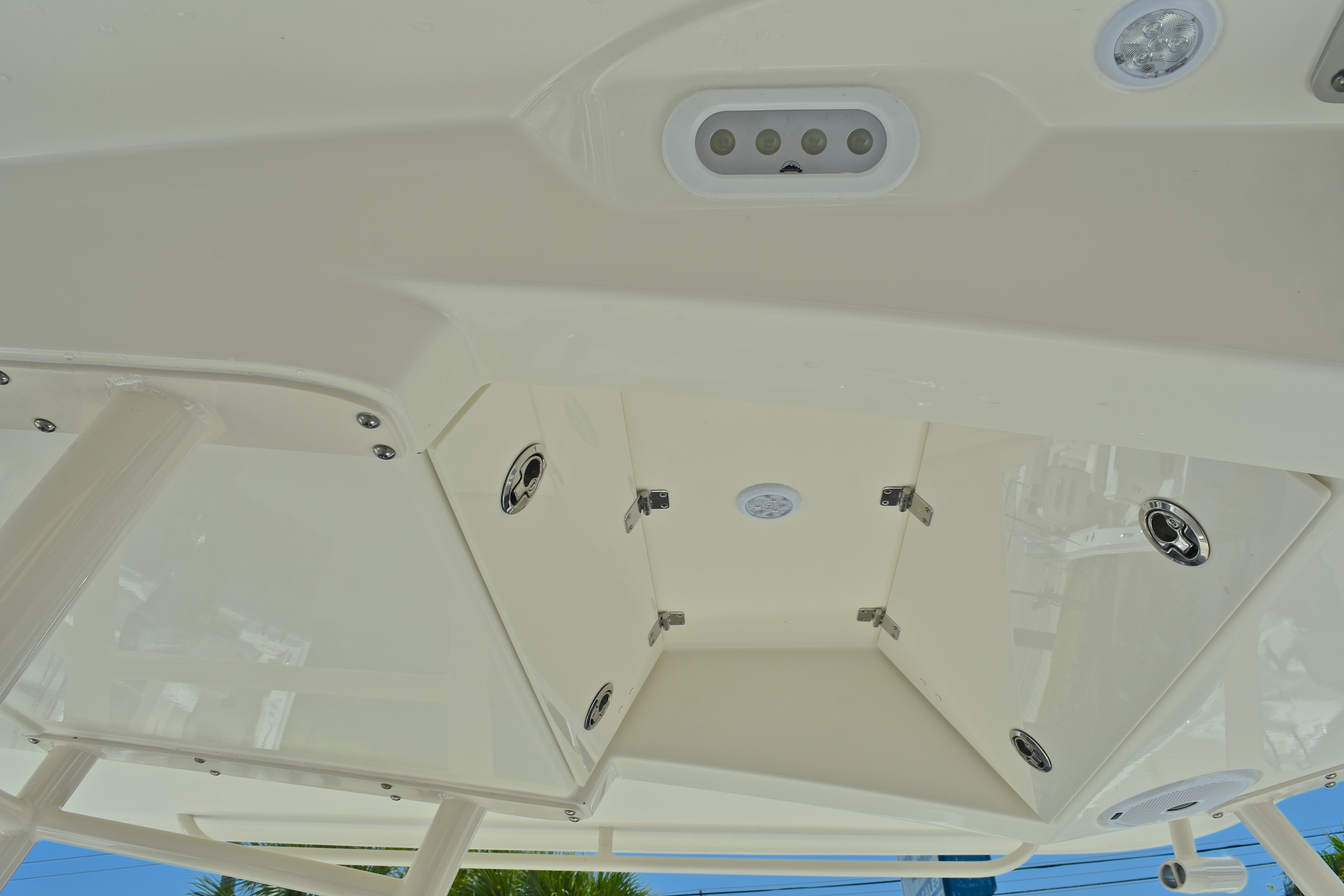 Thumbnail 31 for New 2017 Cobia 296 Center Console boat for sale in West Palm Beach, FL