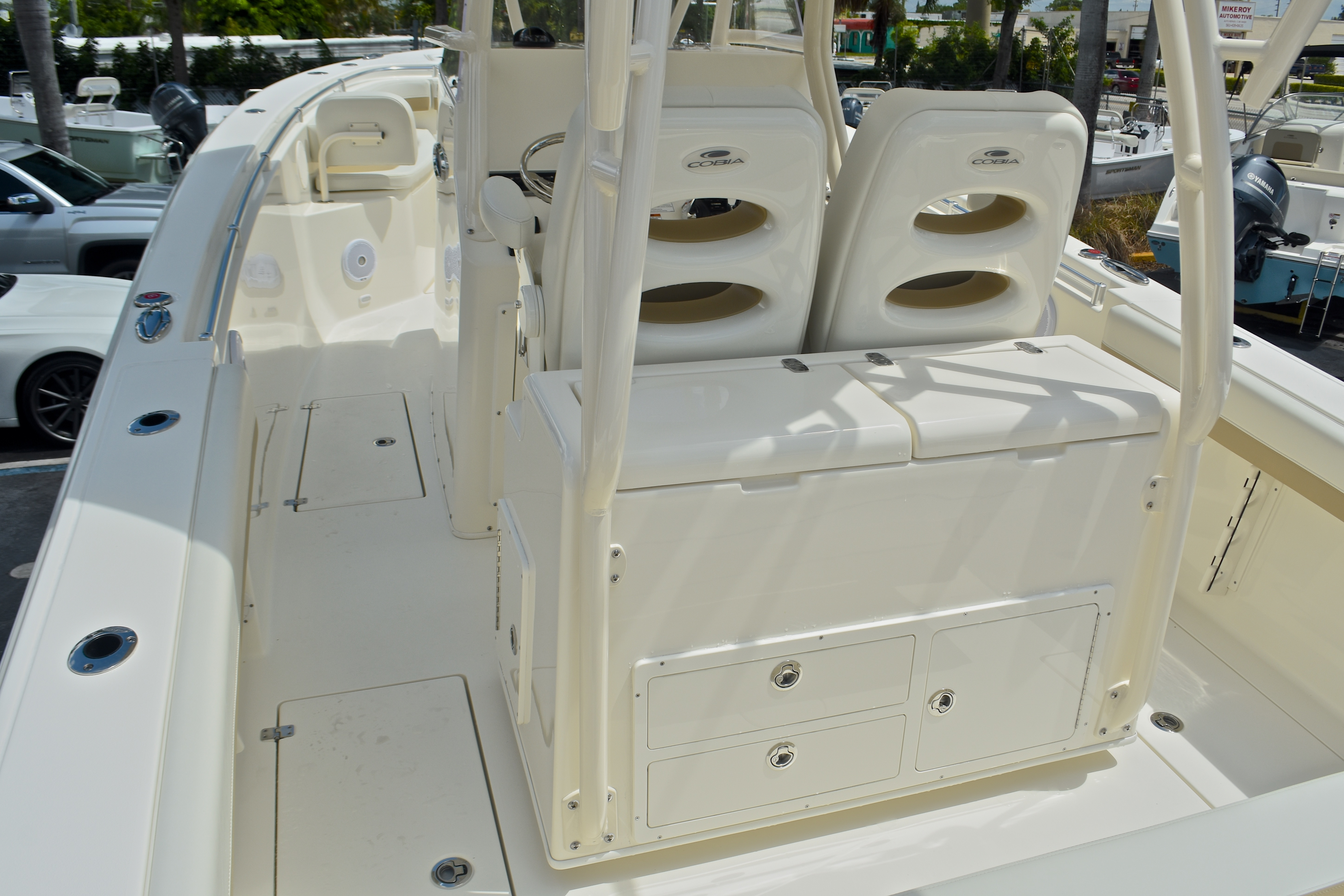 Thumbnail 10 for New 2017 Cobia 296 Center Console boat for sale in West Palm Beach, FL