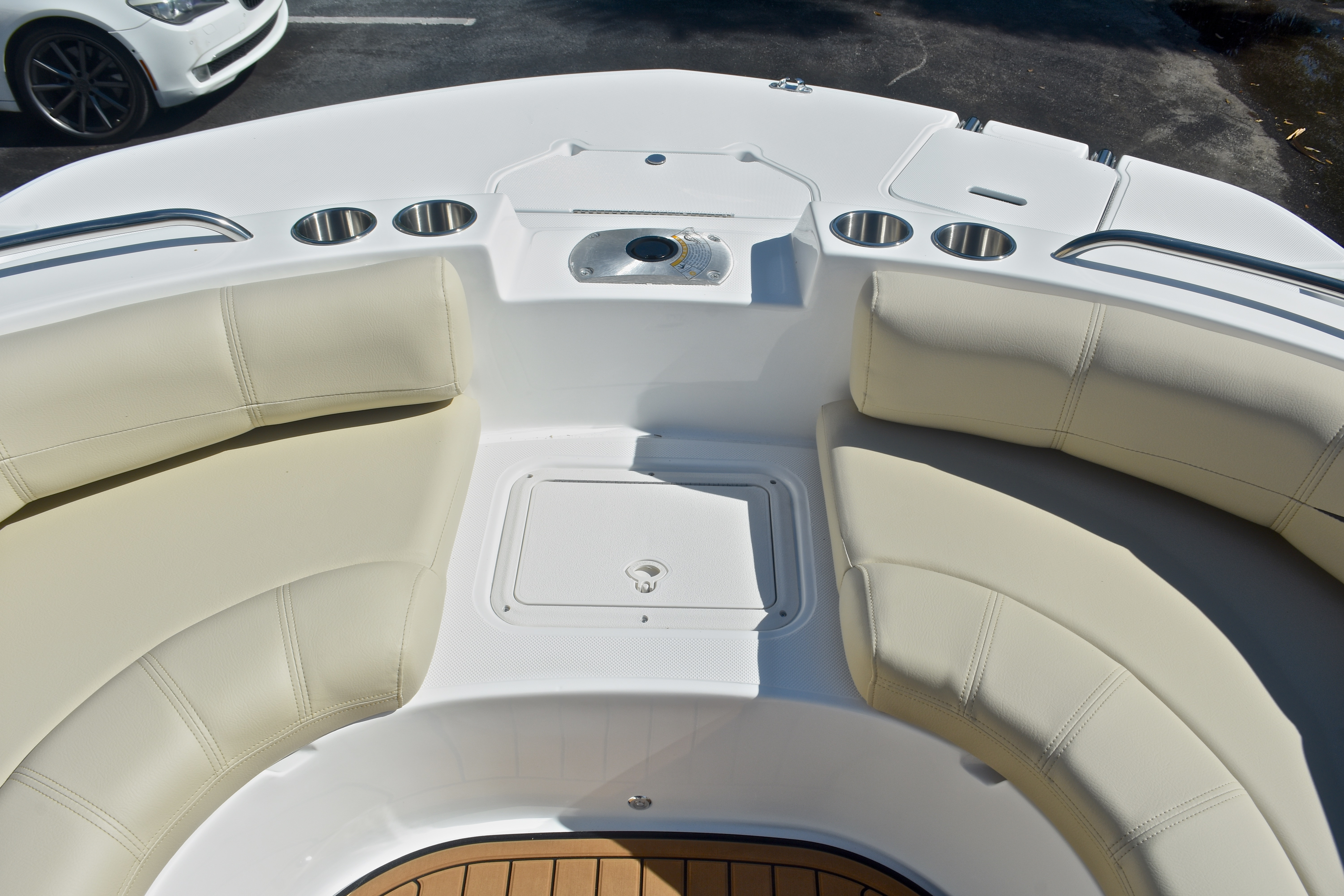 Thumbnail 43 for New 2017 Hurricane SunDeck SD 187 OB boat for sale in West Palm Beach, FL
