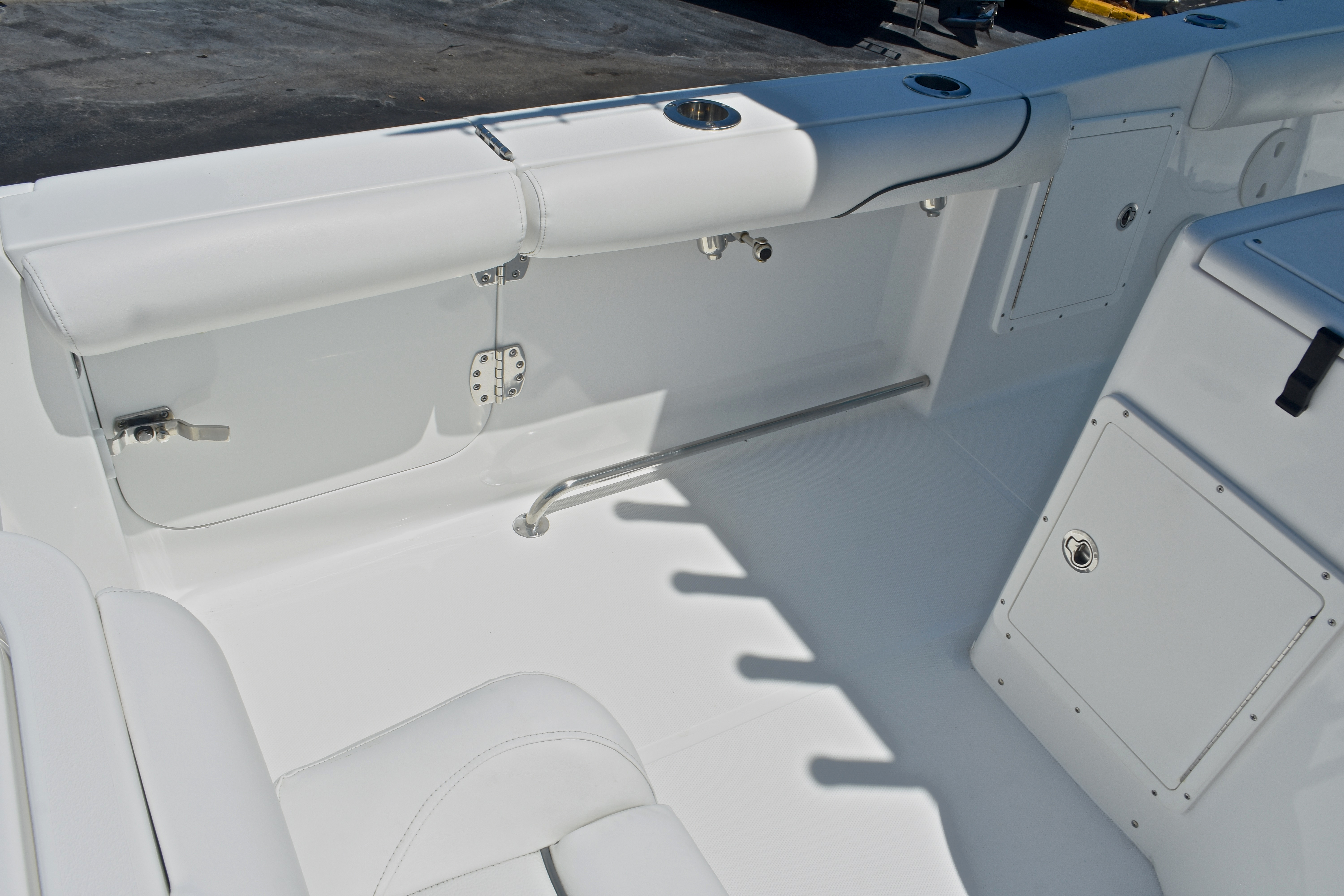 Thumbnail 28 for Used 2015 Sea Hunt Game Fish 30 Center Console boat for sale in West Palm Beach, FL