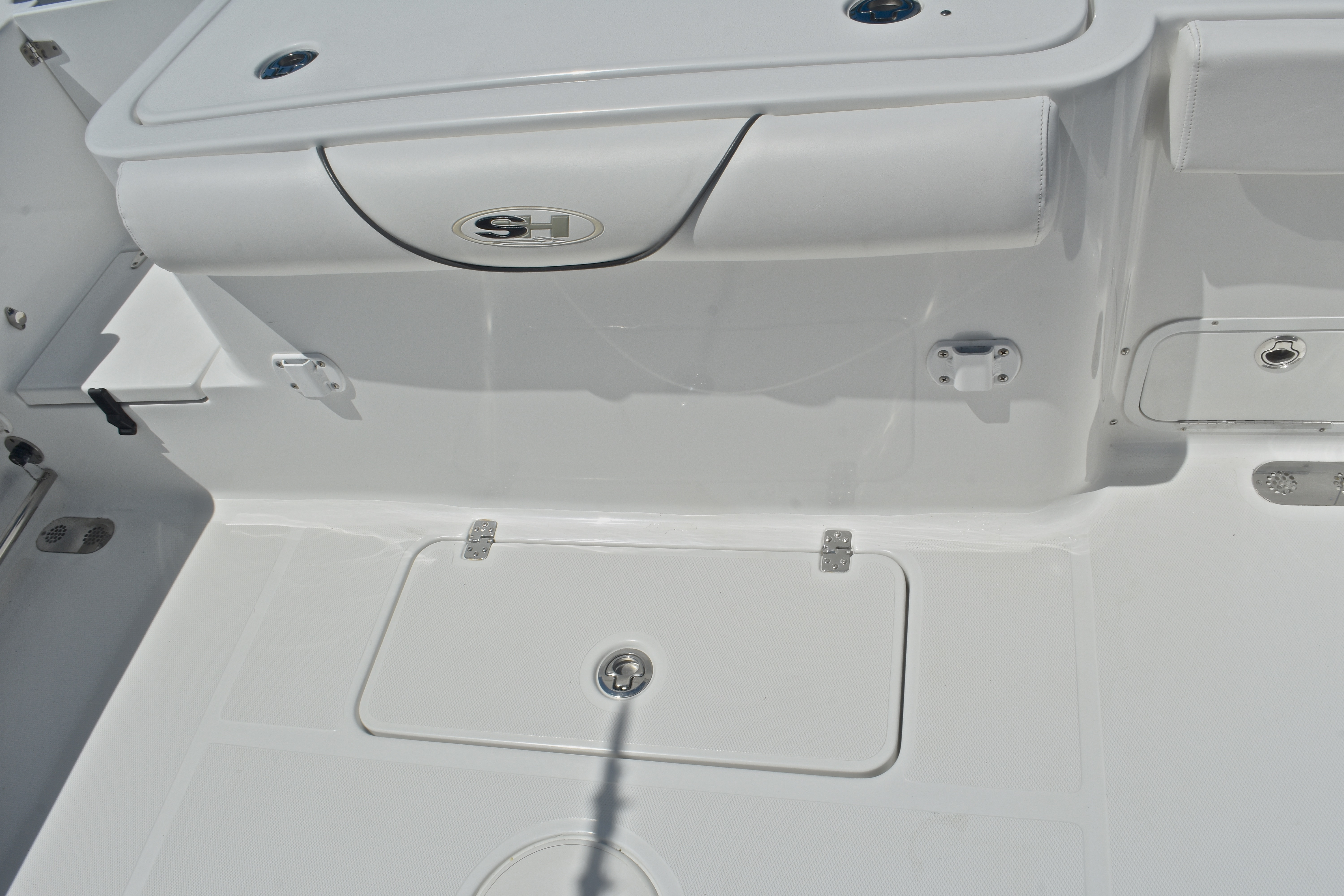 Thumbnail 22 for Used 2015 Sea Hunt Game Fish 30 Center Console boat for sale in West Palm Beach, FL