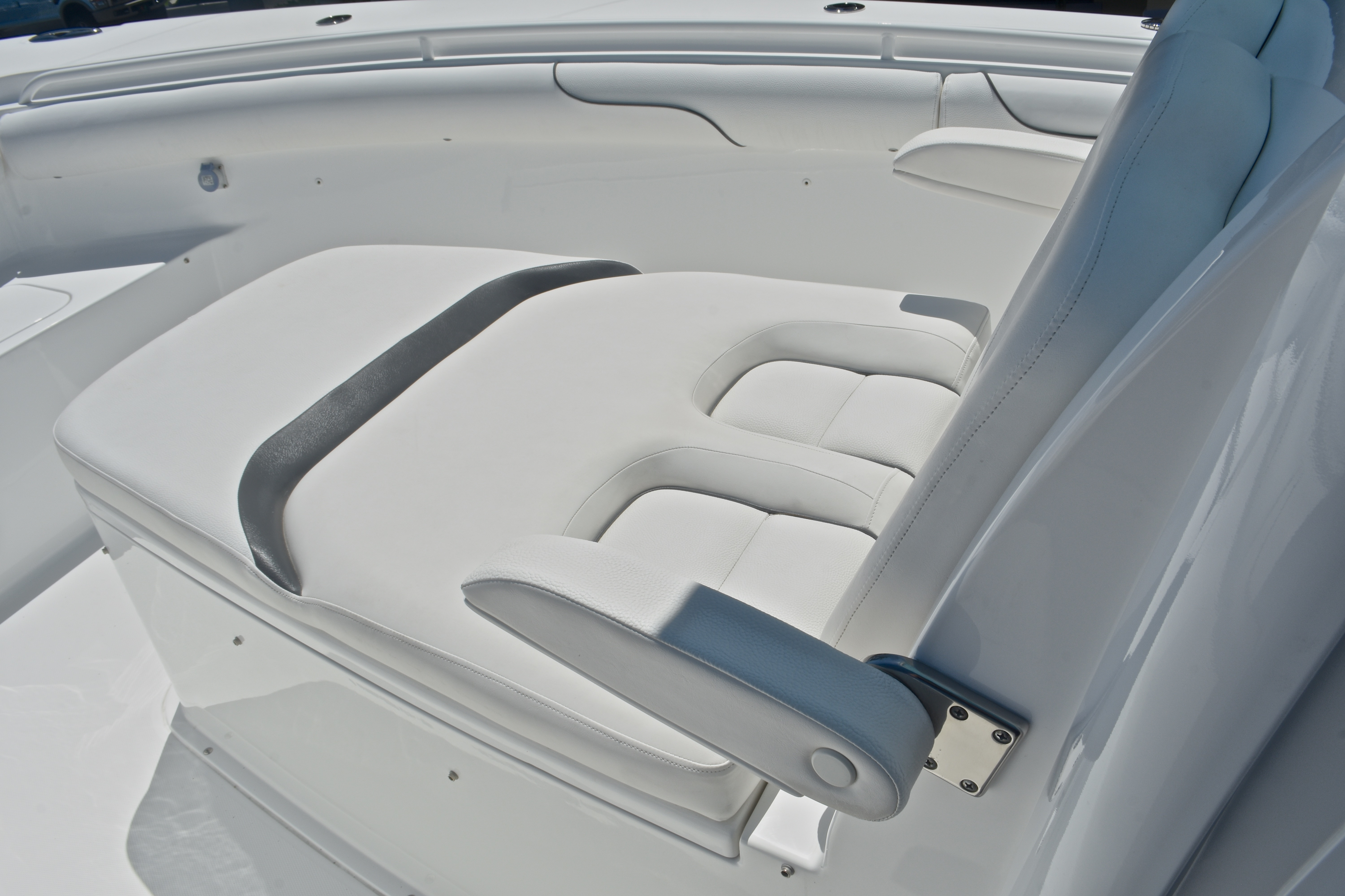 Thumbnail 88 for Used 2015 Sea Hunt Game Fish 30 Center Console boat for sale in West Palm Beach, FL