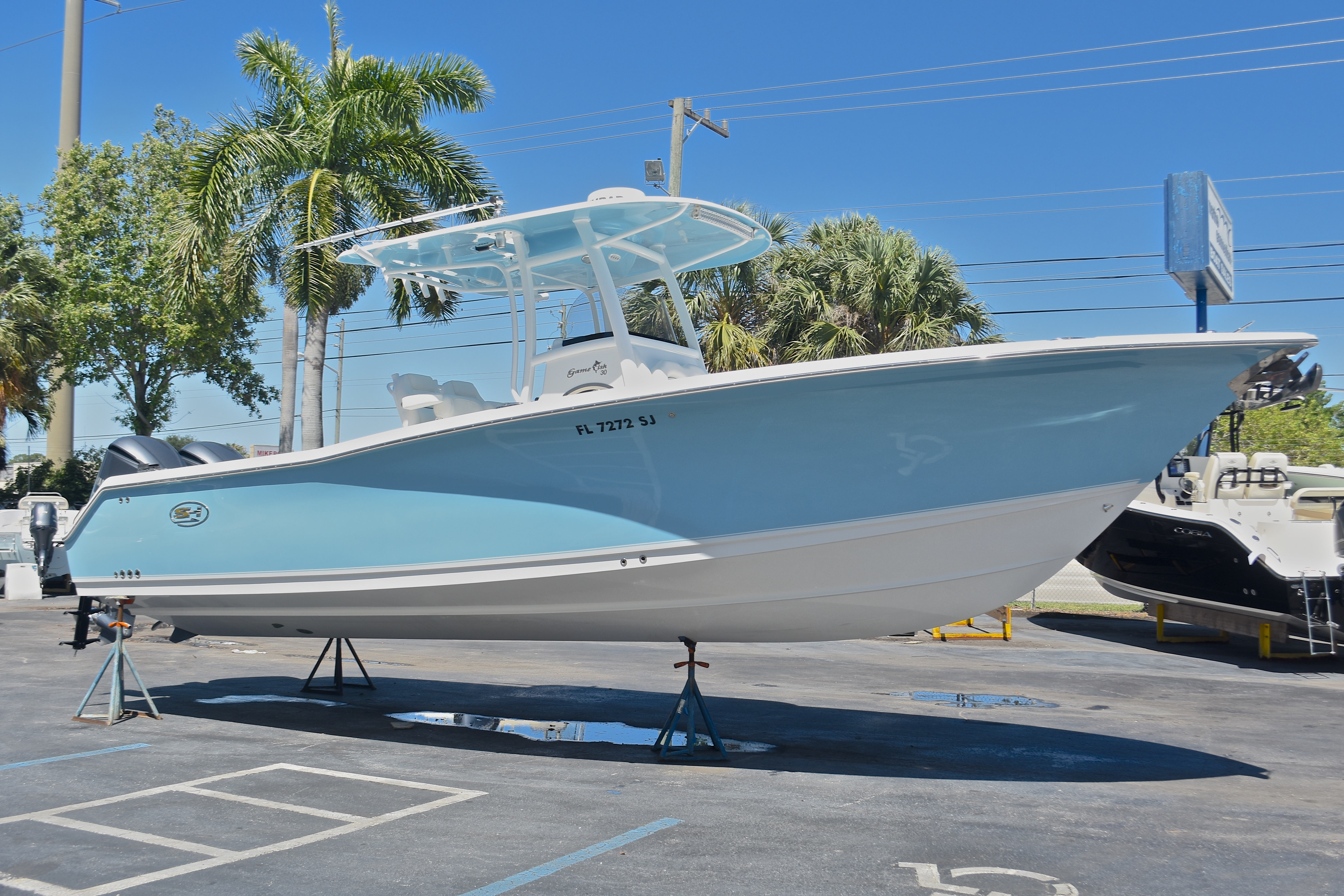 Thumbnail 6 for Used 2015 Sea Hunt Game Fish 30 Center Console boat for sale in West Palm Beach, FL