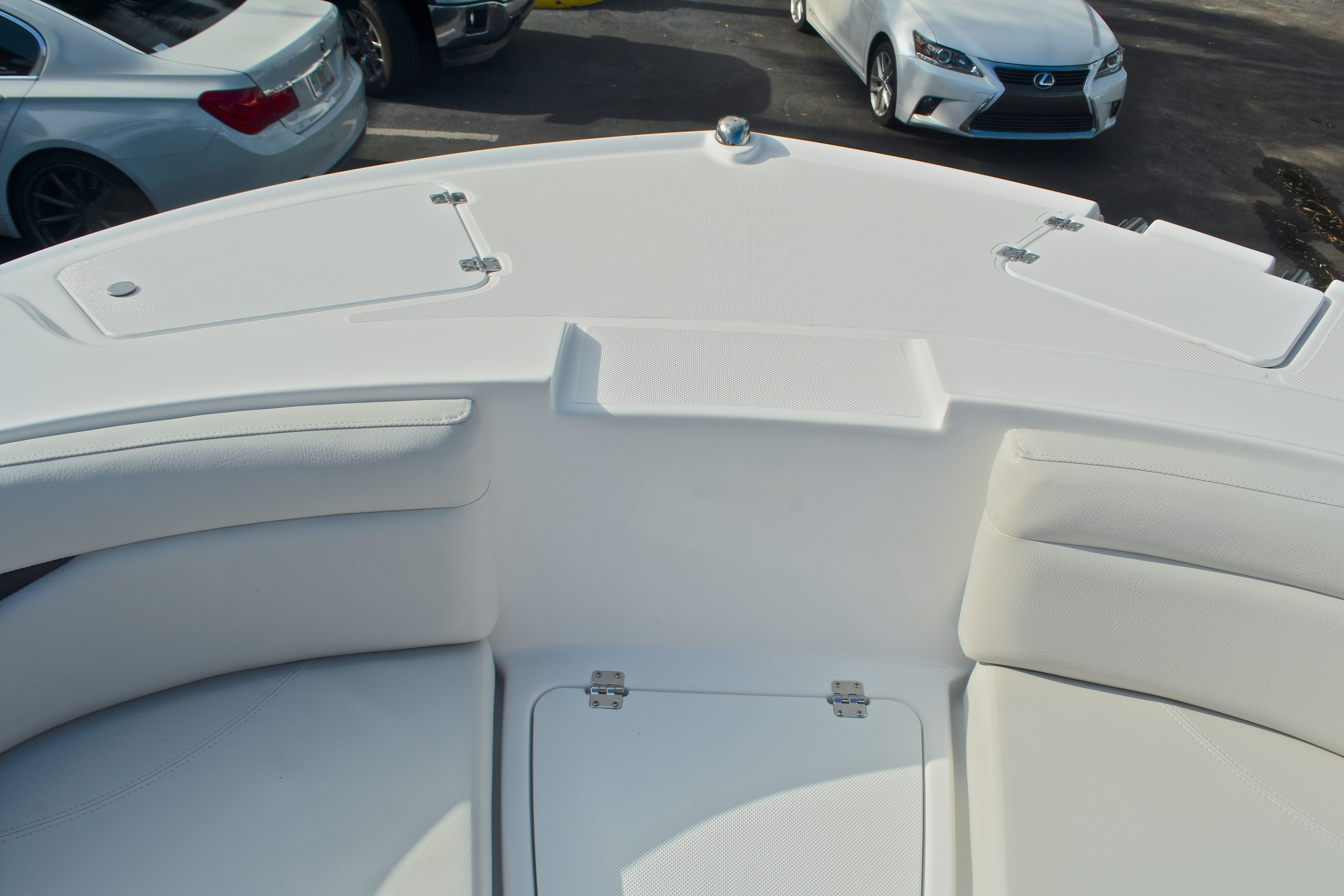 Thumbnail 47 for New 2017 Hurricane SunDeck Sport SS 203 OB boat for sale in West Palm Beach, FL