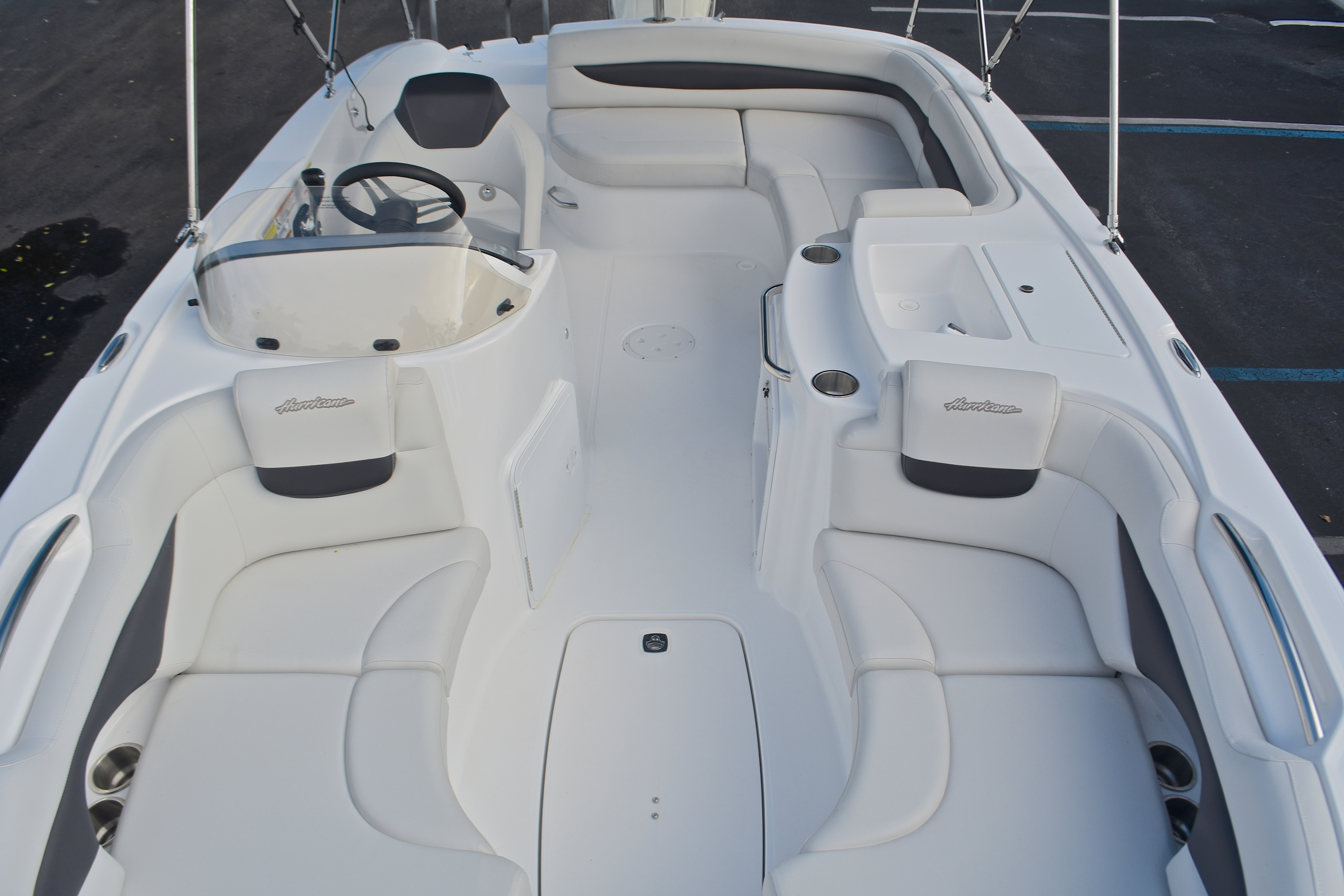 Thumbnail 51 for New 2017 Hurricane SunDeck Sport SS 203 OB boat for sale in West Palm Beach, FL