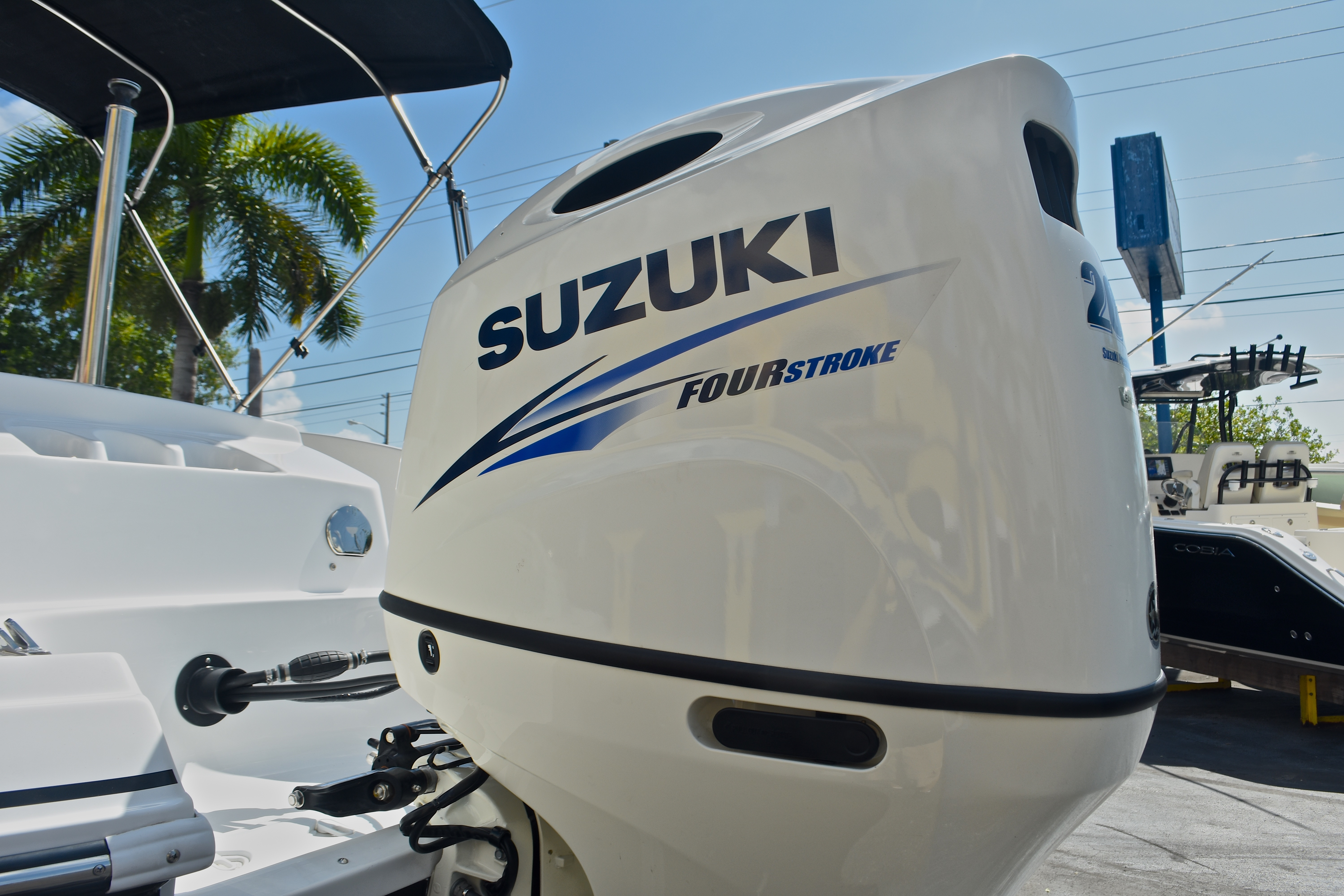 Thumbnail 11 for New 2017 Hurricane SunDeck Sport SS 203 OB boat for sale in West Palm Beach, FL