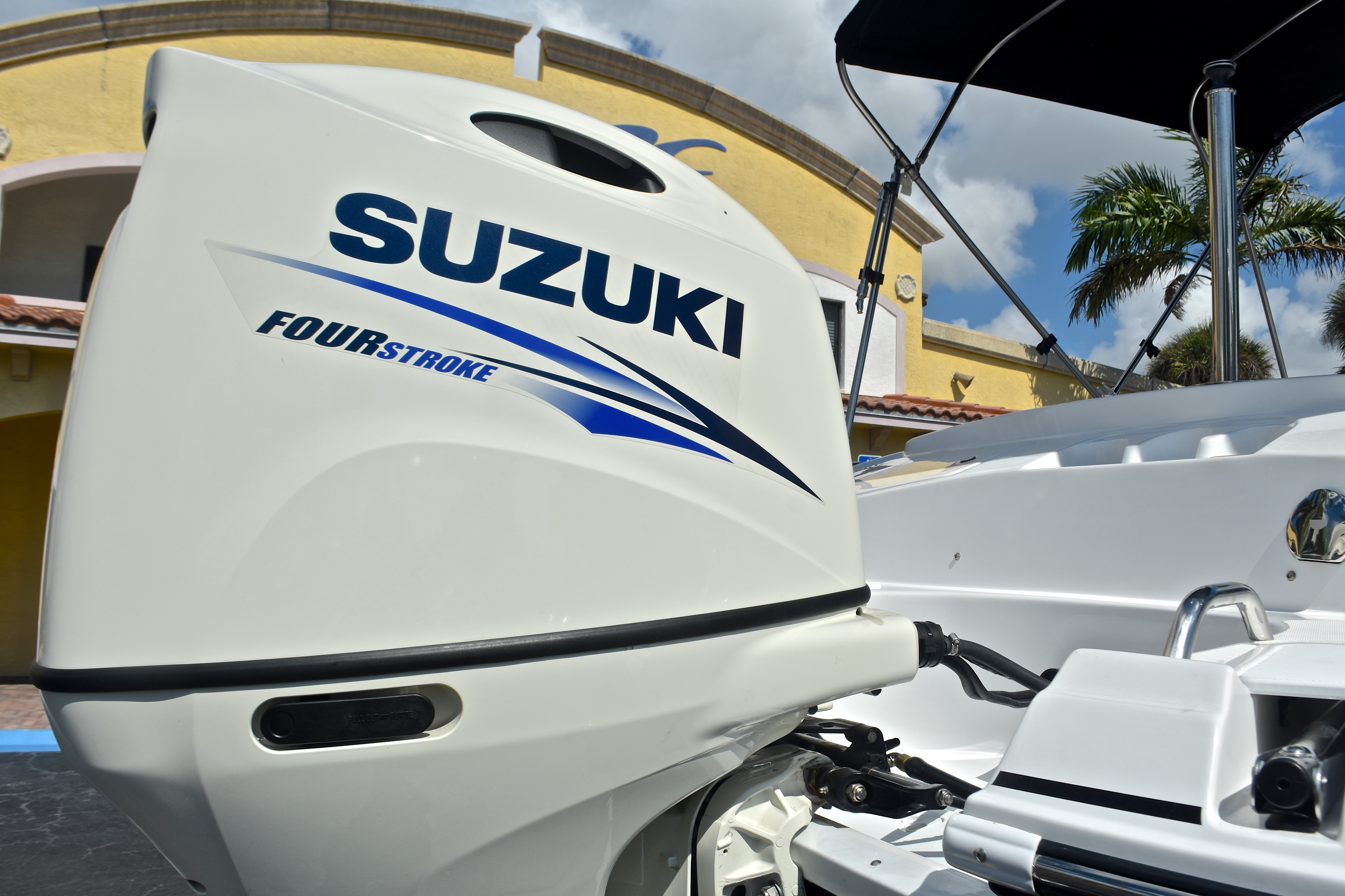 Thumbnail 10 for New 2017 Hurricane SunDeck Sport SS 203 OB boat for sale in West Palm Beach, FL