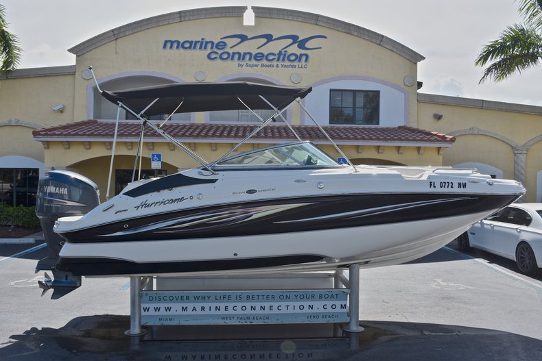 Photo for 2008 Hurricane SunDeck SD 2200 OB