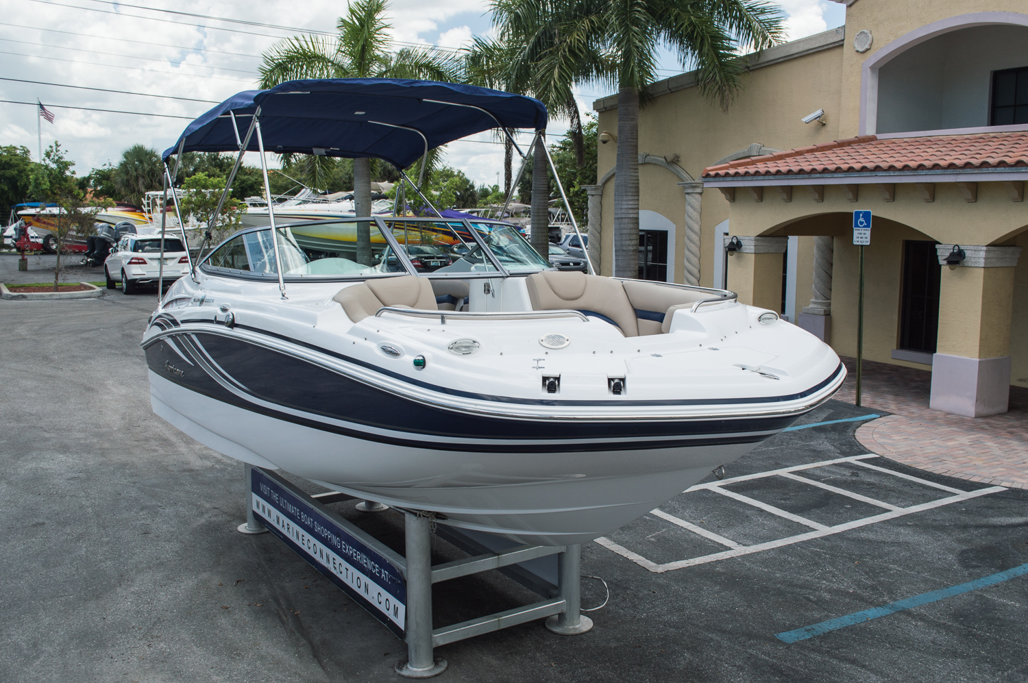 New 2014 hurricane sundeck sd 2000 ob boat for sale in for Hurricane sundeck for sale