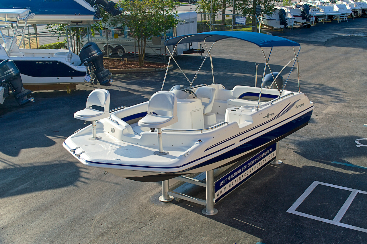 Used 2012 hurricane sundeck sport ss 201 ob boat for sale for Hurricane sundeck for sale