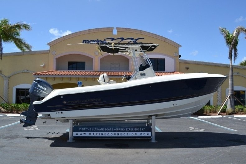 2004 Hydra-Sports 2400 Center Console in Ft. Lauderdale, FL