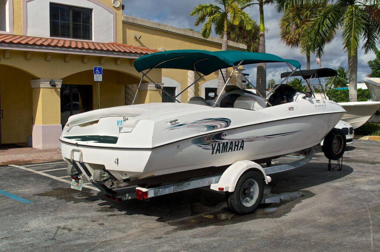 Used Yamaha Jet Boat Images