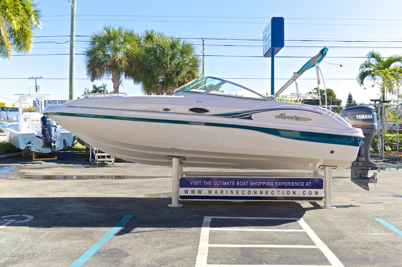 Used 2001 hurricane sundeck sd 217 ob boat for sale in for Hurricane sundeck for sale