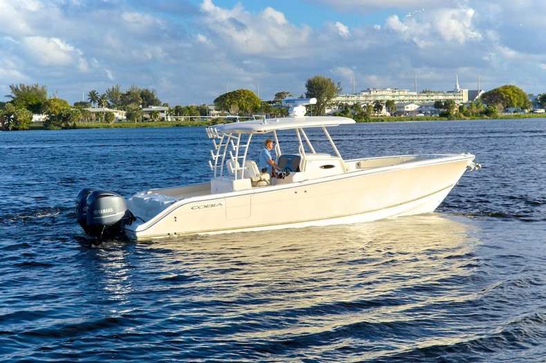 New 2015 Cobia 344 Center Console boat for sale in Vero Beach, FL