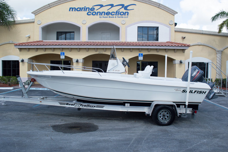 Used 1998 Sailfish 198 Center Console boat for sale in West Palm Beach, FL