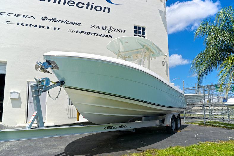 New 2015 Cobia 256 Center Console boat for sale in Miami, FL