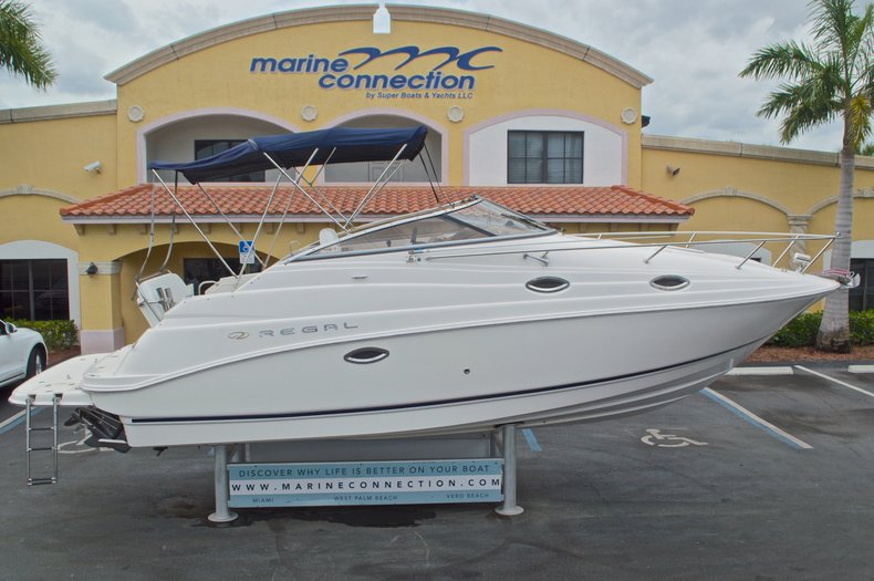 Used 2005 Regal 2665 Commodore boat for sale in West Palm Beach, FL