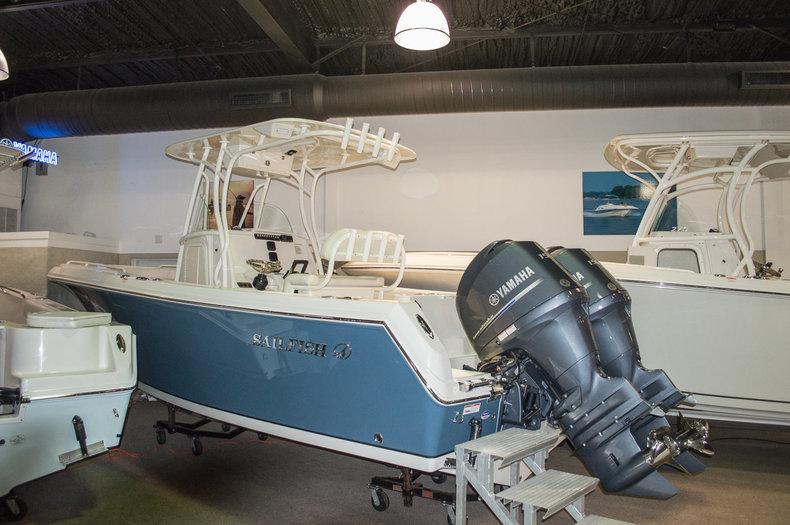 2015 Sailfish 240 CC Center Console boat for sale in Vero Beach, FL