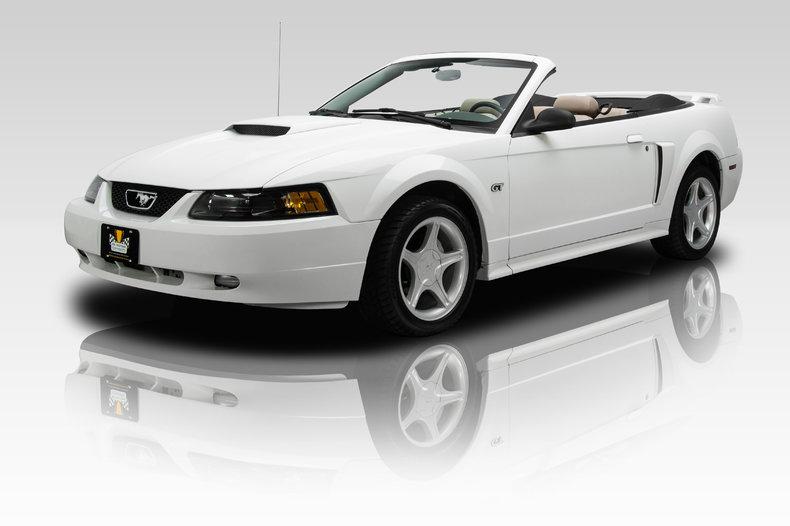 251389 2001 ford mustang gt low res