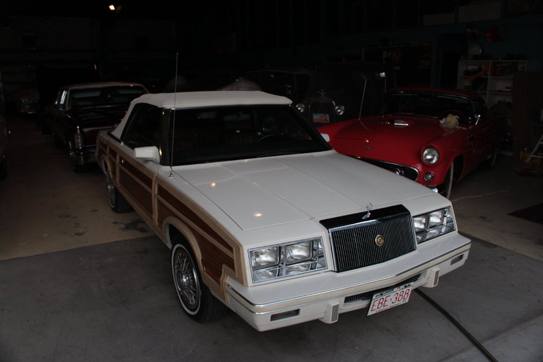 1984 Chrysler Town and Country