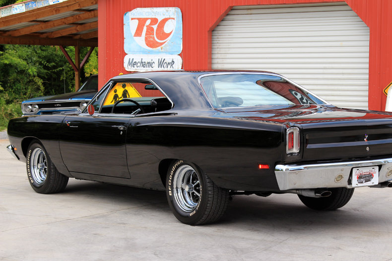 1969 plymouth road runner classic cars muscle cars for sale in knoxville tn. Black Bedroom Furniture Sets. Home Design Ideas