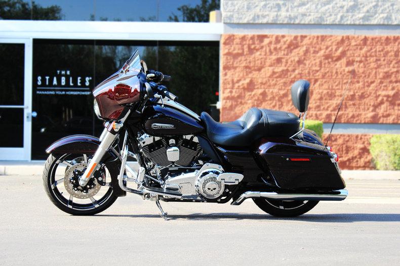 2014 Harley-Davidson FLHXS Street Glide Special