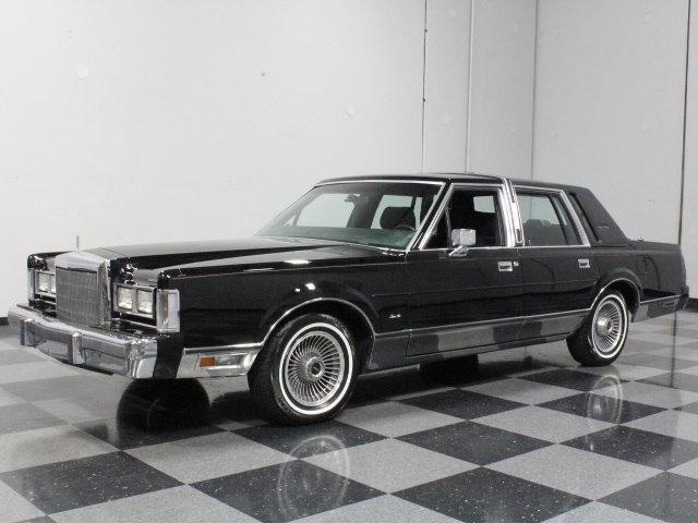 1988 lincoln town car streetside classics classic exotic car consignment dealer. Black Bedroom Furniture Sets. Home Design Ideas