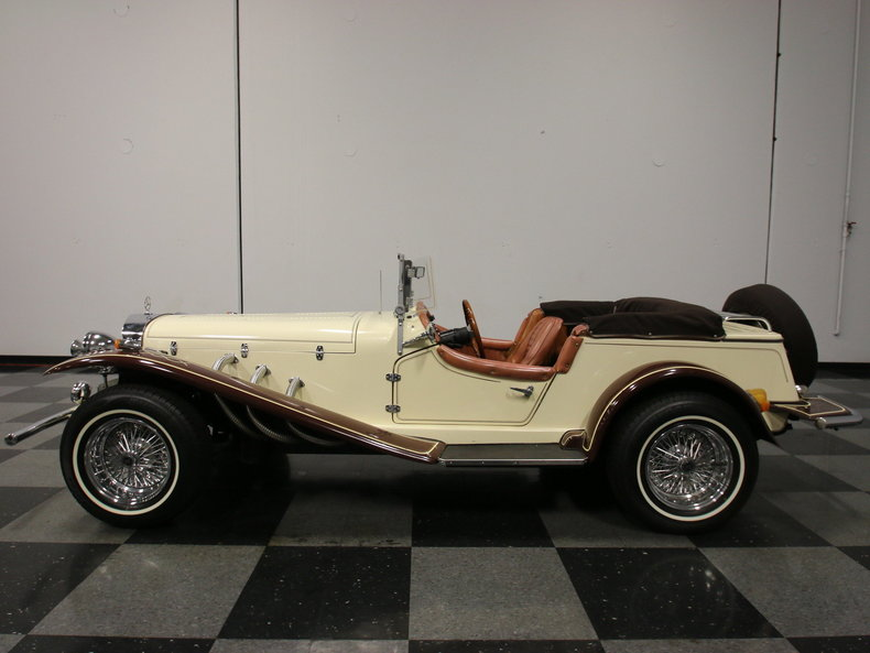 1929 mercedes benz gazelle streetside classics classic for Where mercedes benz cars are made