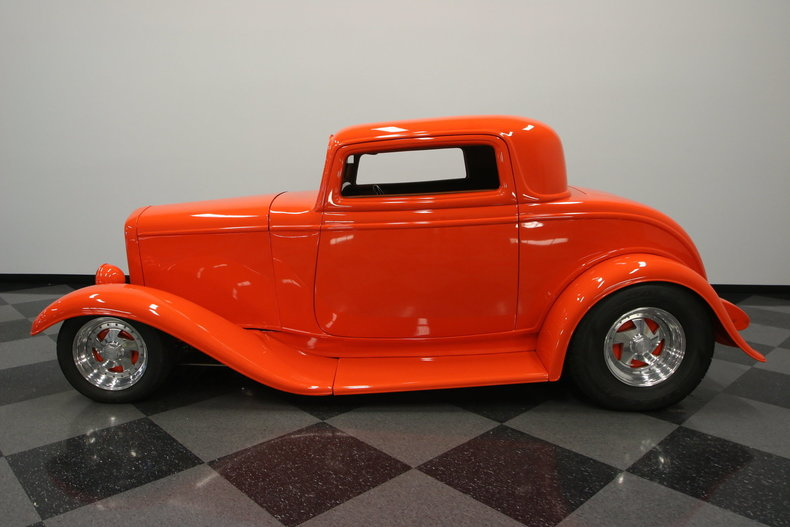 1932 ford 3 window coupe streetside classics classic for 1932 3 window ford coupe