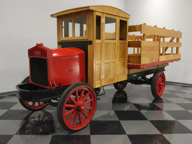 1920 Traffic Motor Truck