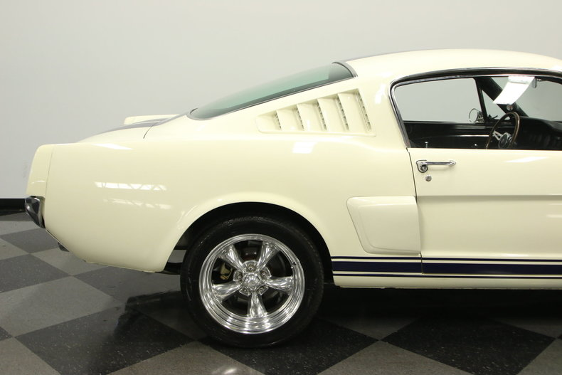 1965 Ford Mustang 22