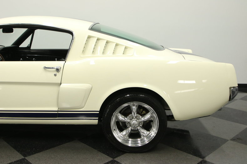1965 Ford Mustang 11