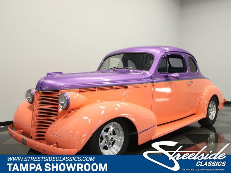 1937 Pontiac 5-Window