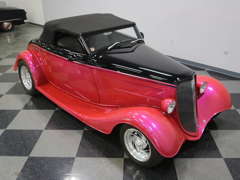 1933 Ford Cabriolet Convertible 44