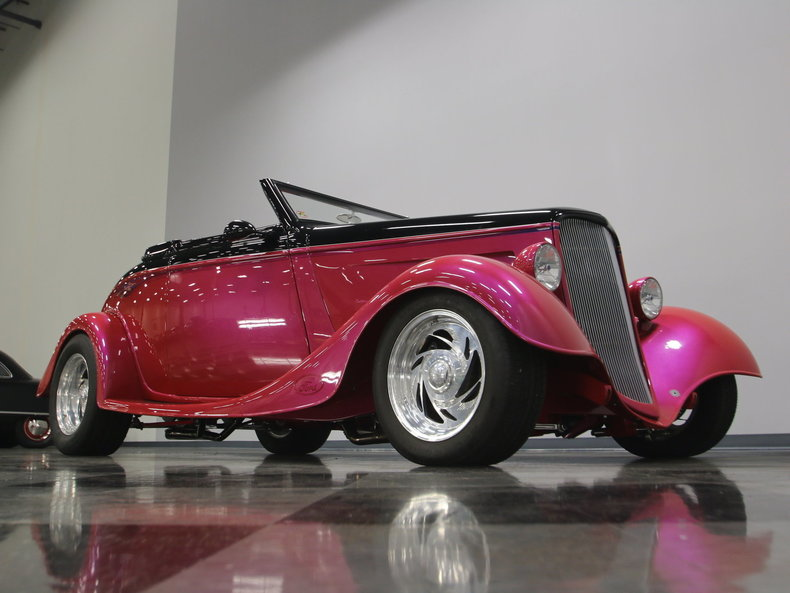 1933 Ford Cabriolet Convertible 77