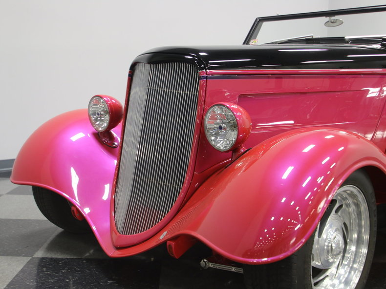 1933 Ford Cabriolet Convertible 2