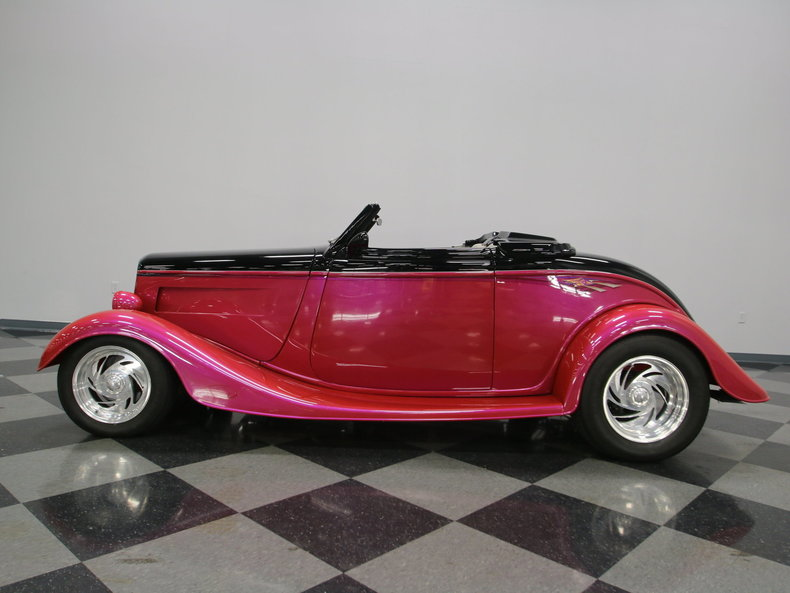 1933 Ford Cabriolet Convertible 3