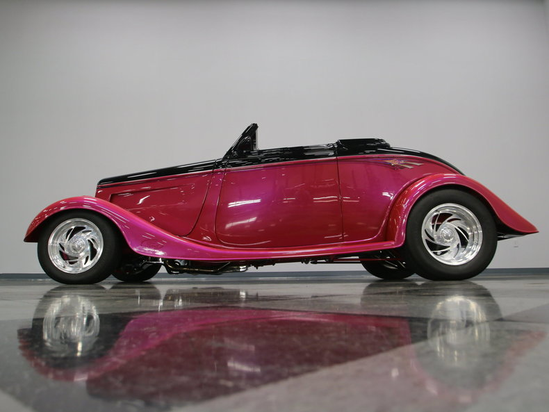 1933 Ford Cabriolet Convertible 4