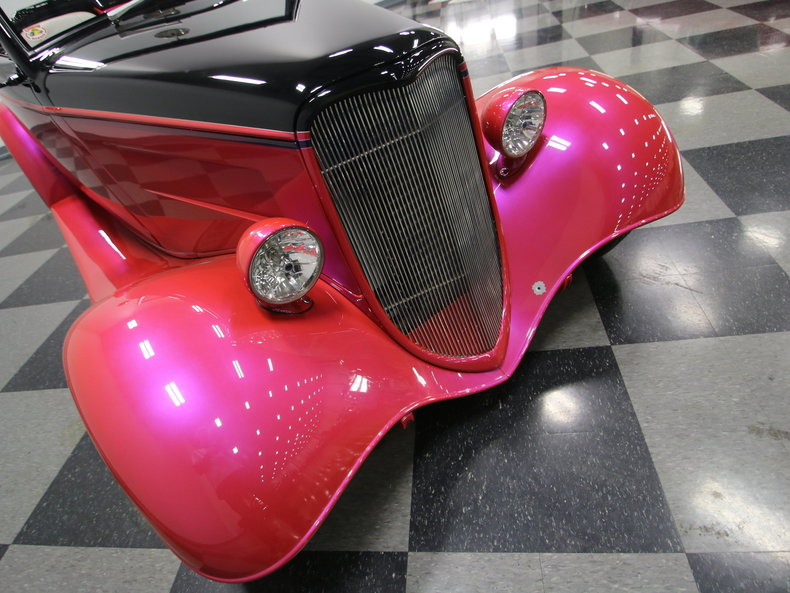 1933 Ford Cabriolet Convertible 22