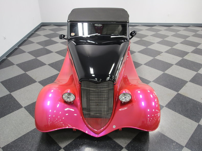 1933 Ford Cabriolet Convertible 34