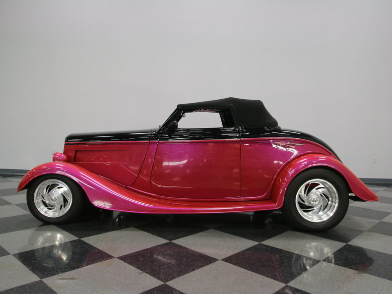 1933 Ford Cabriolet Convertible 36
