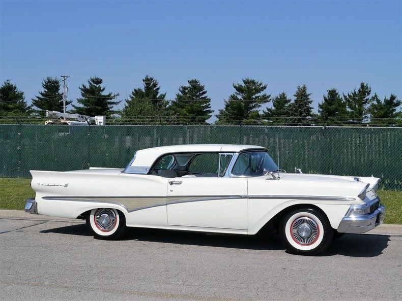 1958 Ford Fairlane 500 Skyliner Retracta