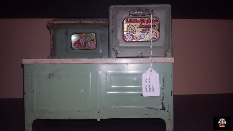 1950's Little Orphan Annie Stove