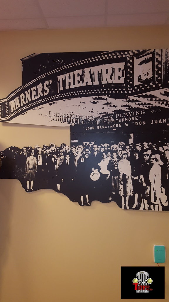 Warners Theater Sign