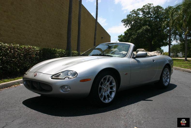 2001 Jaguar XKR