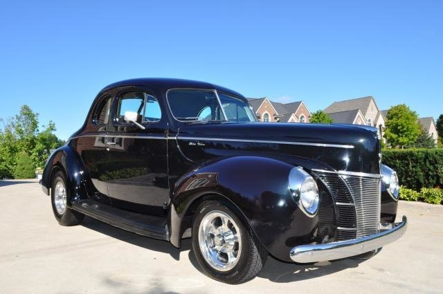 1940 Ford Deluxe Opera