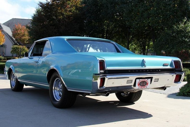 1967 Oldsmobile 442 Vanguard Motor Sales